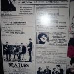 Cartel de The Cavern anunciando conciertos