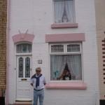 José ante el 10 Admiral Grove, 2ª casa de Ringo Starr
