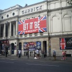 Let it be - Fachada del Teather Garrick